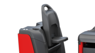 Der Mitgängerbetrieb des P40 - P60 C von Linde Material Handling ermöglicht die Bedienung des Elektroschleppers von außen.