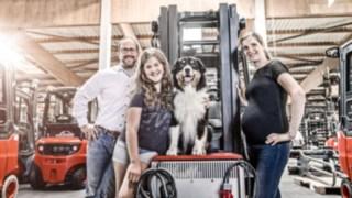 Willenbrock Mitarbeiter mit Familie und Hund